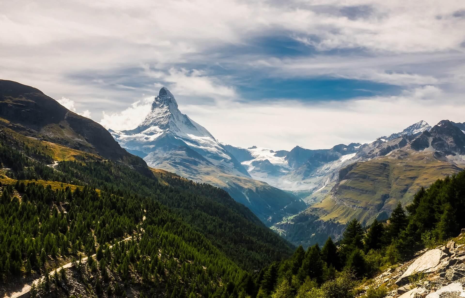 matterhorn zermatt tourist 2021